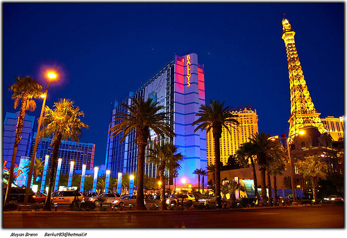 Las Vegas Bidding New Attractions to Lure Tourists – Tourist Attractions Near Las Vegas
