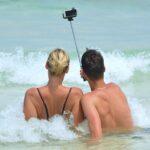seaside selfie