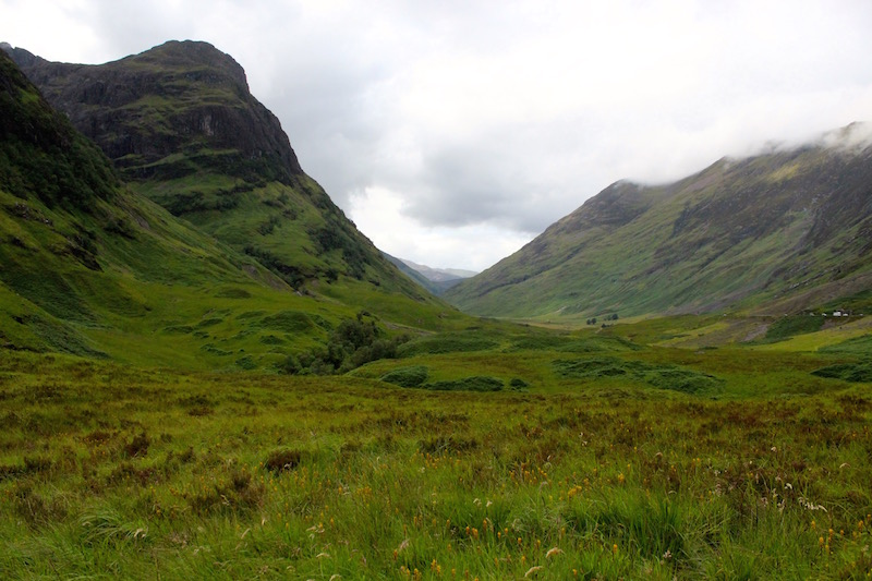 Side view of the three sisters of Glencoe - Gearr Aonach, Aonach Dubh and Beinn Fhada