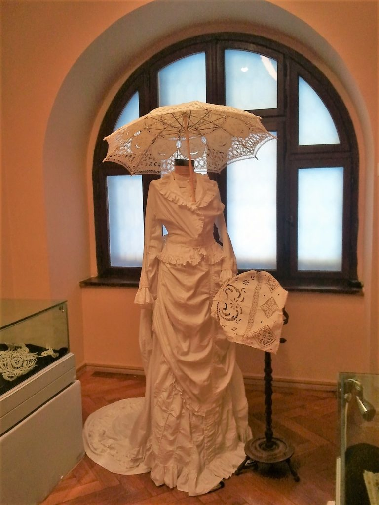 Vintage Wedding dress, Peles Castle, Sinaia